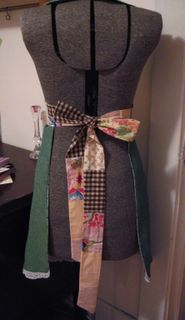 Back bow apron